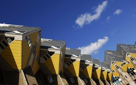 THE CUBE HOUSES: ROTTERDAM